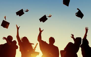 Zaproszenie na uroczyste wręczenie dyplomów