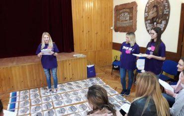 English in action – studenci PWSTE promują naukę języka angielskiego i Uczelnię