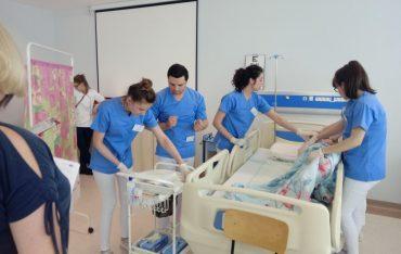 Studenci pielęgniarstwa w Ogólnopolskich Zawodach Symulacji Medycznej