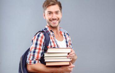 Szkoła Języków Obcych zatrudni lektorów języka angielskiego