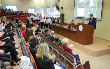 """VII Międzynarodowa Konferencja Naukowo-Szkoleniowa """"Interdyscyplinarne aspekty urody, zdrowia i choroby"""""""