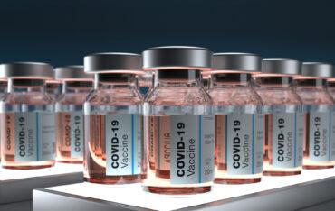 Dlaczego powszechne szczepienie jest konieczne? – rozmowa z prof. dr. hab. Nikodemem Grankowskim
